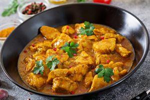 Pavo al curry al microondas