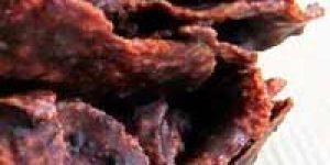 Galletas de chocolate crujientes en el microondas